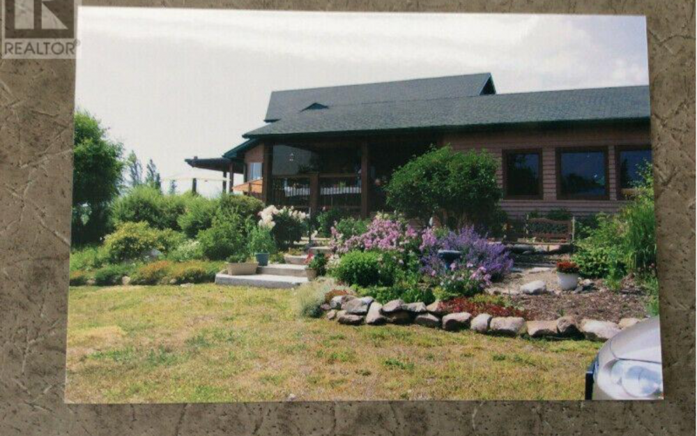 Kole Creek Bison Ranch > Hixon, BC | 400- Acres | 3 Bedroom Home | 30×30 Workshop | Hay Barn | Livestock Handling Corrals | 20×24 Cabin